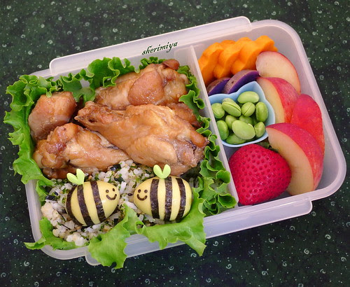 Honeybees Bento by sherimiya ♥