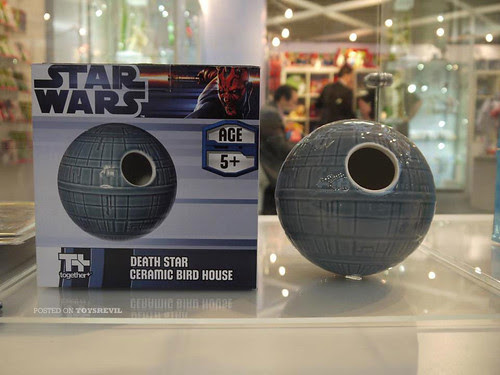 CERAMIC-BIRDHOUSE-DEATHSTAR-01