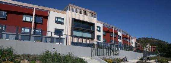 Inauguration d'une clinique qui propose une nouvelle approche de la psychiatrie intégrative,  rééducative et positive
