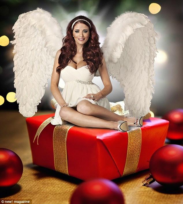 http://i.dailymail.co.uk/i/pix/2011/12/19/article-0-0F39AF5700000578-47_634x705.jpg
