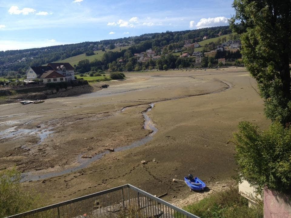 The Doubs River has disappeared, The Doubs River has disappeared august 2018, rivers disappear france august 2018, rivers disappearing france august 2018, rivière disparaissent france, le doubs a disparu, la riviere du douds a disparue