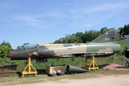 BA-33