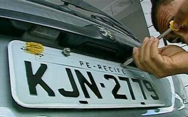 Assembleia aprova projeto de lei que permite ao cidadão escolher a placa do veículo