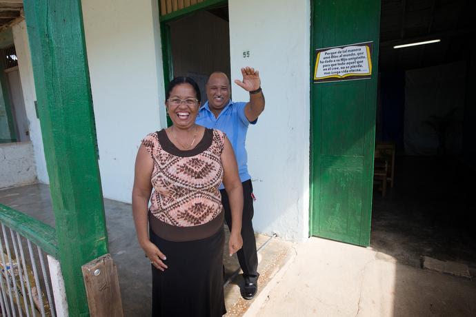 Missionaries Lourdes Vazquez (left) and Roberto Pozo lead the Caraballo Mission, an outreach of San Antonio Methodist Church in San Antonio de Rio Blanco, Cuba. Photo by Mike DuBose, UMNS.