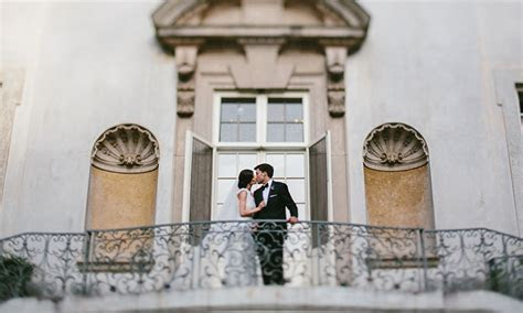 8 Best Places to Take Engagement and Wedding Photos