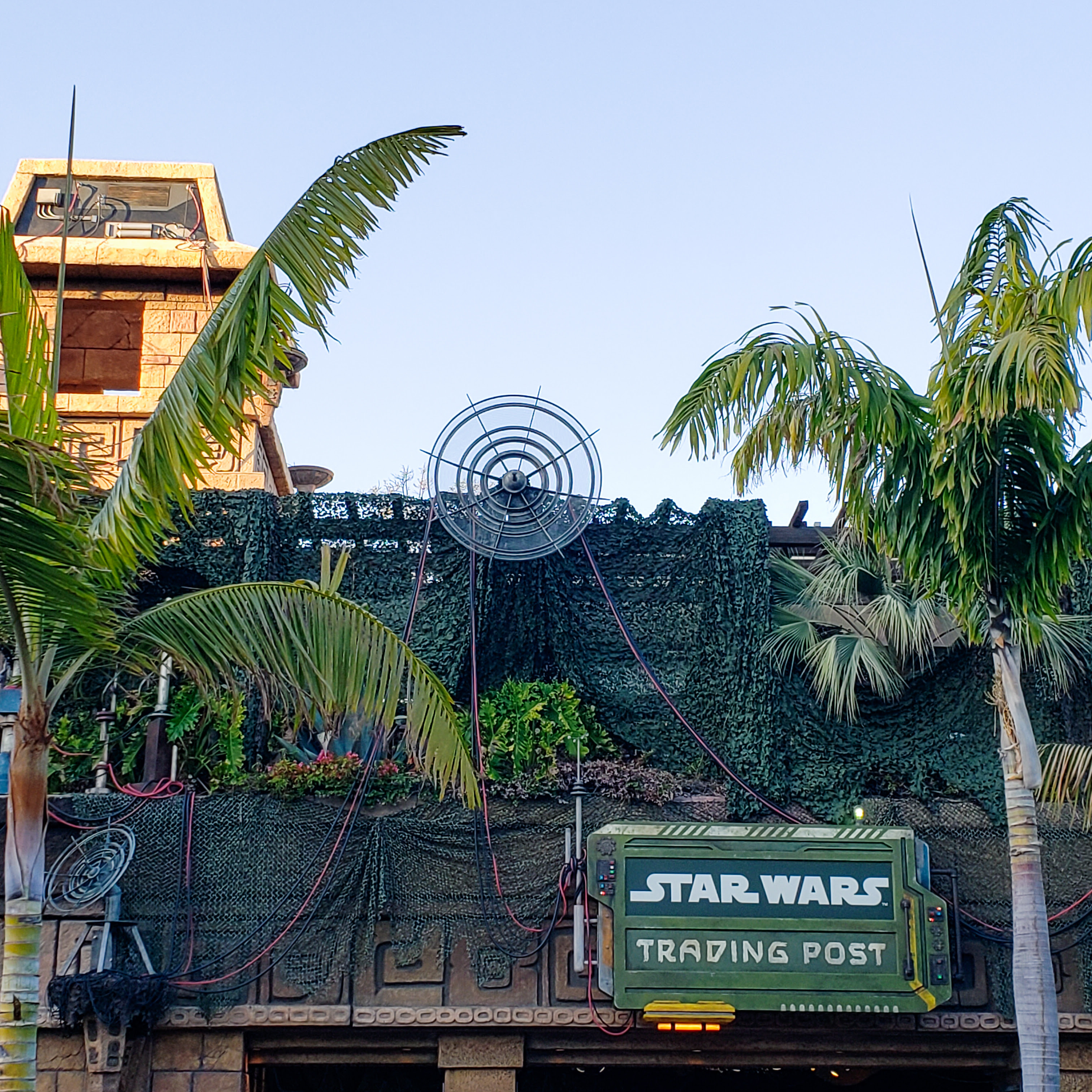 Star Wars Trading Post Review