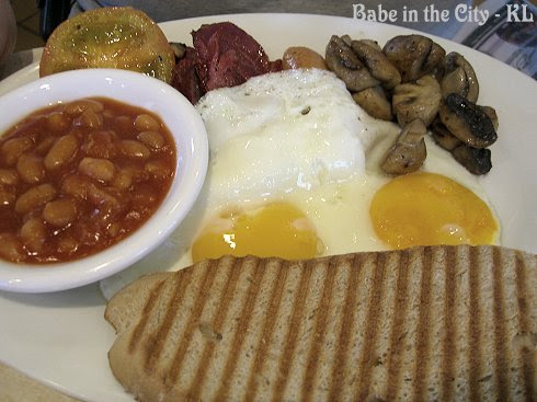 BIG Breakfast (bullseye eggs) RM27 incl juice and coffee