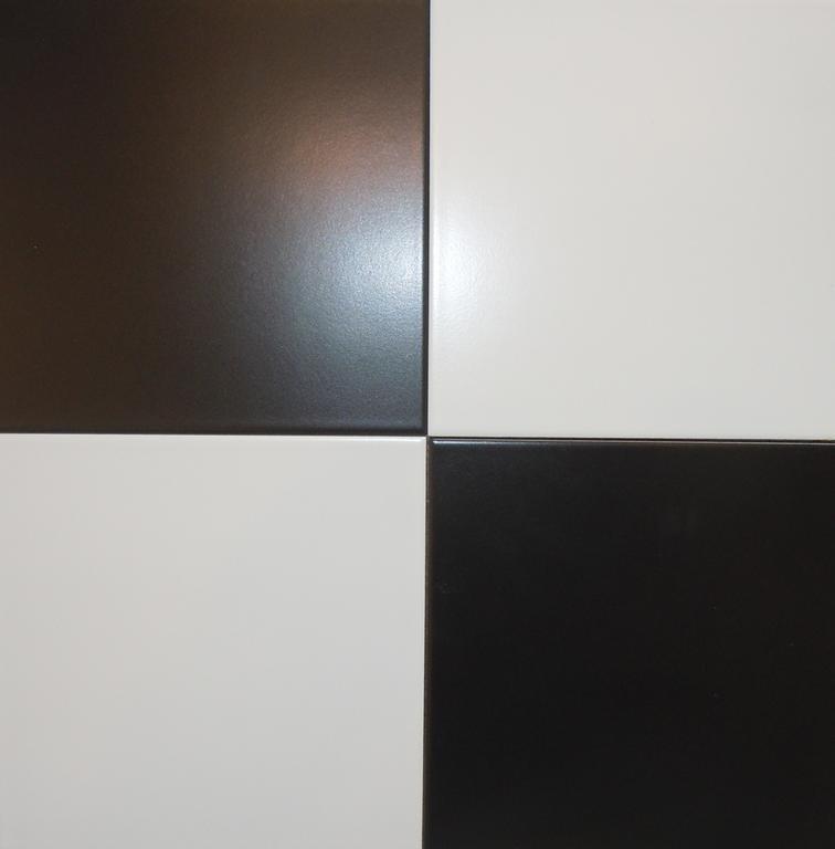 Black & White Tile - 8