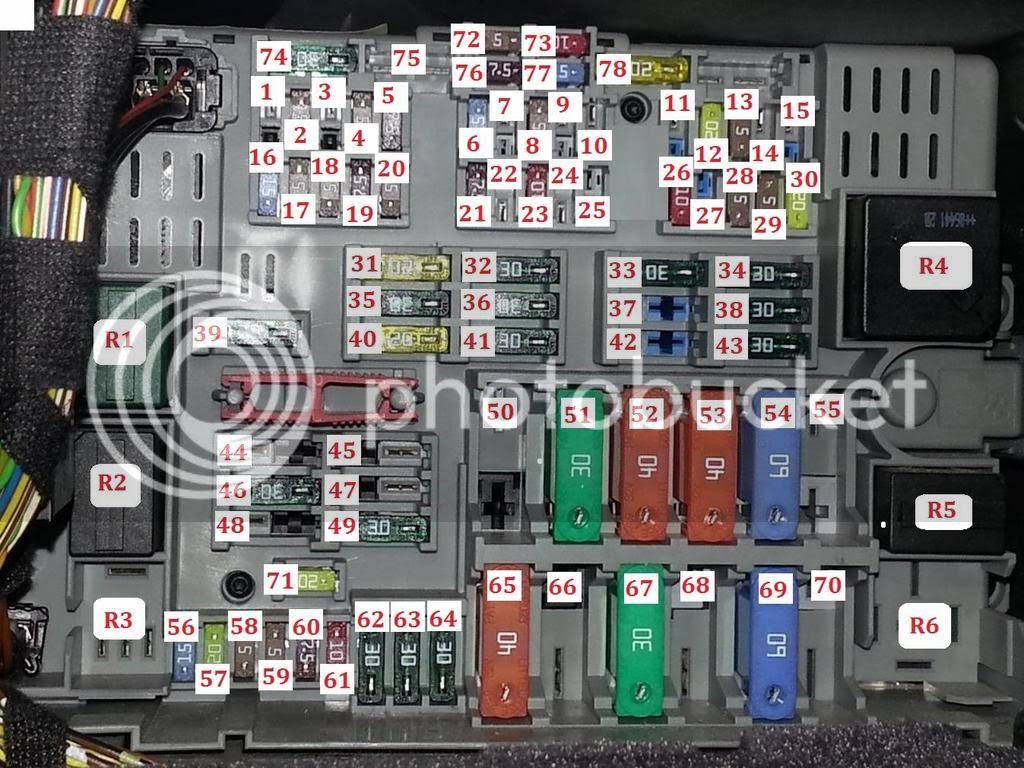 2002 e46 fuse box 2006 bmw 325i e90 fuel pump relay location thxsiempre  2006 bmw 325i e90 fuel pump relay
