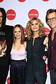 kevin bacon kyra sedgwick get support from son travis at story of a girl nyc 02