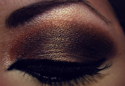 Beautiful-beautifulll-brown-cosmetics-eye-shadow-favim.com-240518_large