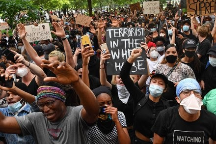TREND ESSENCE:As Protests and Violence Spill Over, Trump Shrinks Back