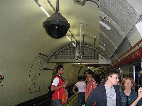 London 1 013