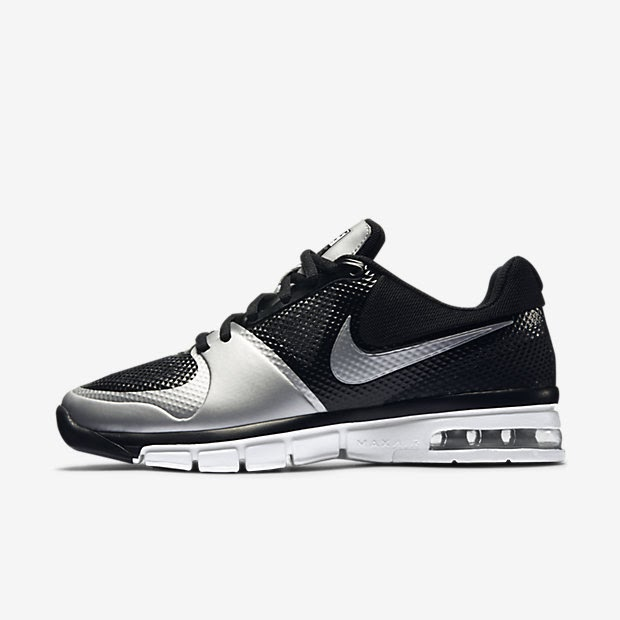 Amazing You Cant Go To A Nike Store And Try Them On Purchases Are Online Only, Sold Out Everywhere, Even On Their On Website Took The Hyper Dunk Low Basketball Shoe From 2011 And Called It A Volleyball Shoe, Very Clever Sold To The Masses