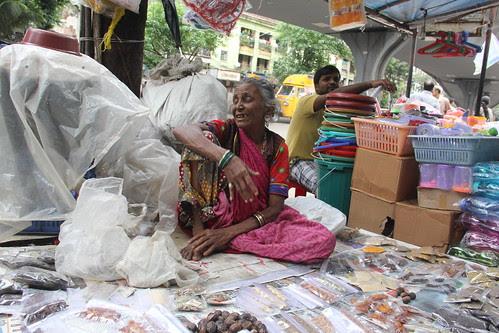 Kya Har Waqt Photo Leta Hai - Kam Dhanda Nahi Hai Kya by firoze shakir photographerno1