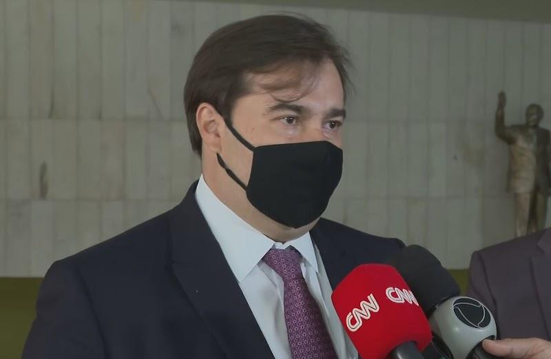 Presidente da Câmara, Rodrigo Maia, testa positivo para a Covid-19