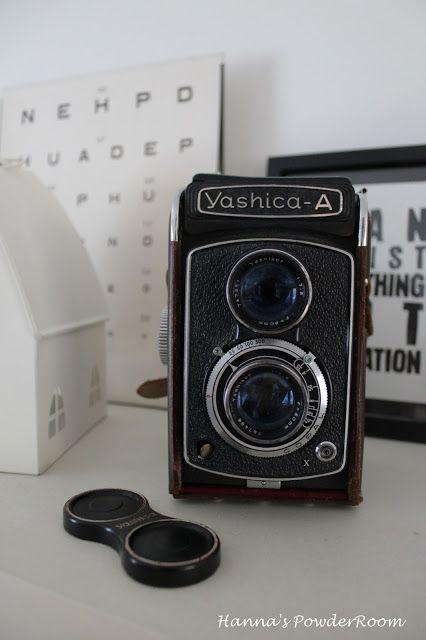Old camera Hanna's PowderRoom Blog