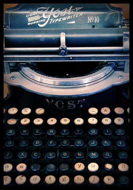 Typewriter - for salbug00 ; )