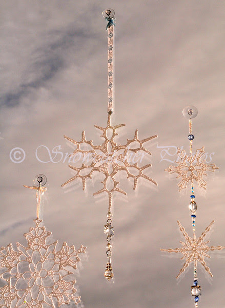 Christmas Snowflake with dangly