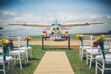 Skydive Wedding with a Ring Exchange on the Plane