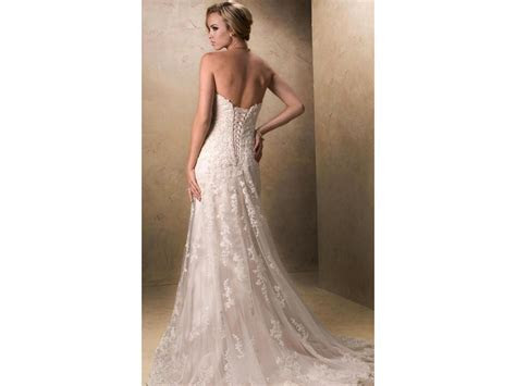 Maggie Sottero Emma, $800 Size: 4   New (Un Altered