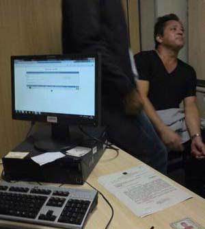 Leonardo ficou detido na PF após tentar embarcar com 22 cartuchos de munição calibre 22 (Reprodução/WhatsApp )