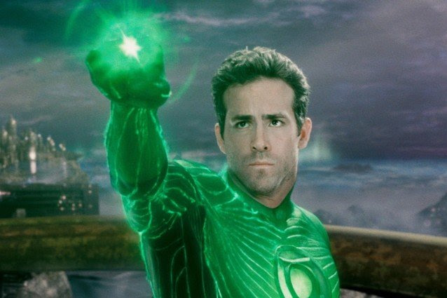 GREEN LANTERN, Ryan Reynolds, 2011, Warner Bros. Pictures/courtesy Everett Collection