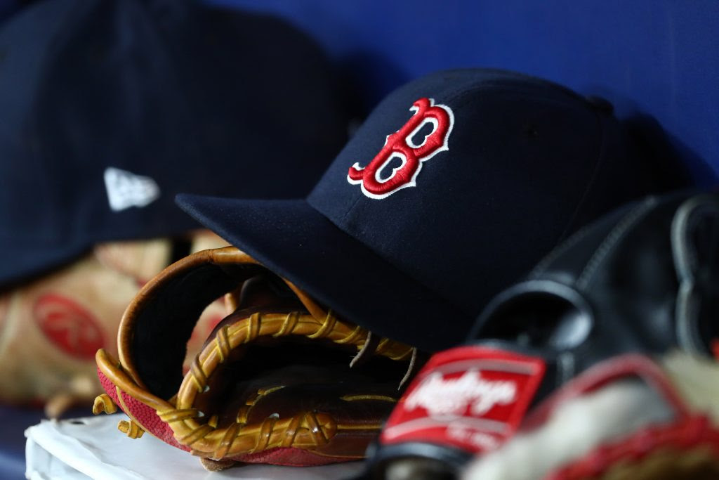 Red Sox Sign First-Round Pick Marcelo Mayer