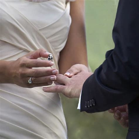 This Is Why Your Wedding Ring Goes On Your Left Hand