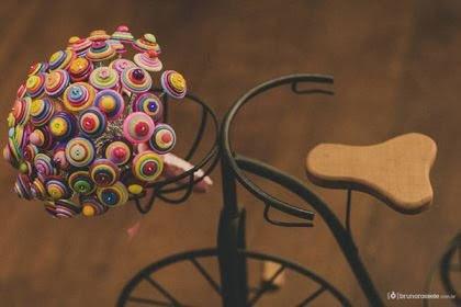 casamento-economico-sem-grana-buque-botoes-colorido (8)