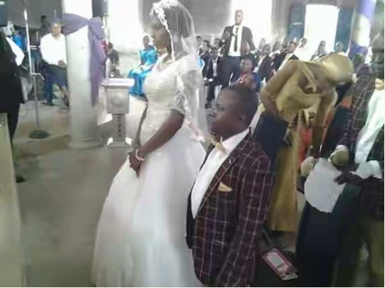 Short Man Ties the Knot with Tall Lover (Photos)