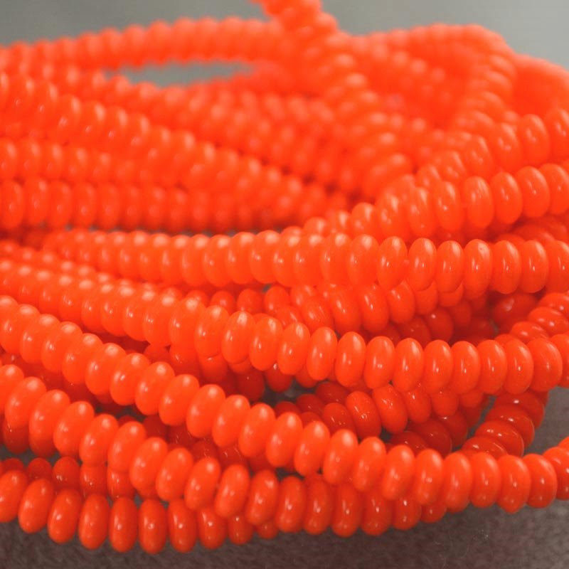s36391 Glass Beads - 4 mm Tire Rondelles - Screaming Orange (Strand 100)