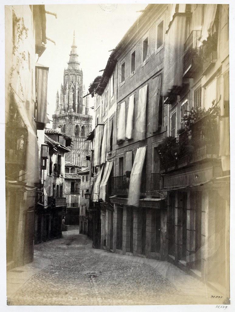 Torre de la Catedral vista desde la Calle Ancha en 1859. Fotografía de Charles Clifford. Victoria and Albert Museum, London