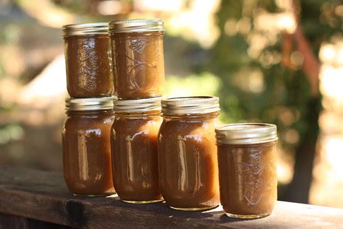 jars of apple butter