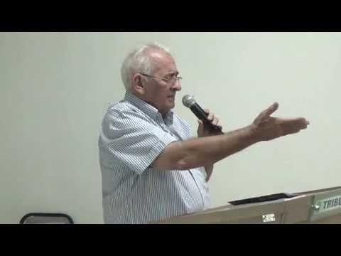 Groaíras: Dr. Gilberto Feijão faz pronunciamento durante apresentação de livro do escritor Raimundo Lira; veja VÍDEO