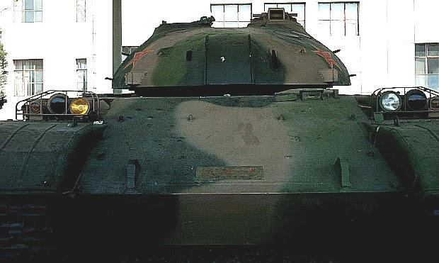 日本周辺国の軍事兵器: 80式戦車...