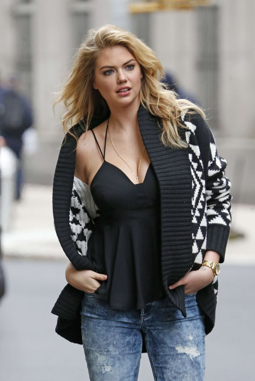 Kate Upton Street Photoshoot in NYC -04