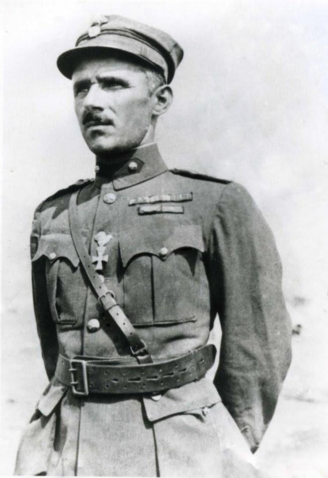 Ένας από εκείνους που μεγαλούργησαν στον ανυπέρβλητο εκείνο αγώνα του 1940 και πρόταξαν τα στήθη τους για την Ελλάδα, ήταν και ο θρυλικός ταγματάρχης του πυροβολικού Δημήτριος Κωστάκης.
