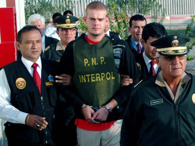 joran ven der sloot y la policia peruana