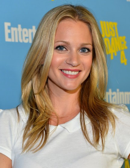 A.J. Cook Hairstyles - PoPular Haircuts