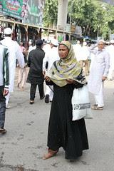 Duniya Kare Sawal Toh Ham Kya Jawab Denge.. India Against Poverty by firoze shakir photographerno1