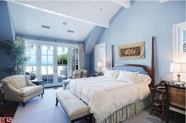 2 Cape Cod Bedroom Decor
