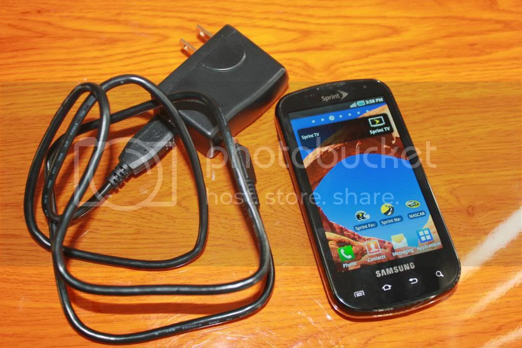 Samsung EPIC with charger photo 015_zps8325d9c9.jpg