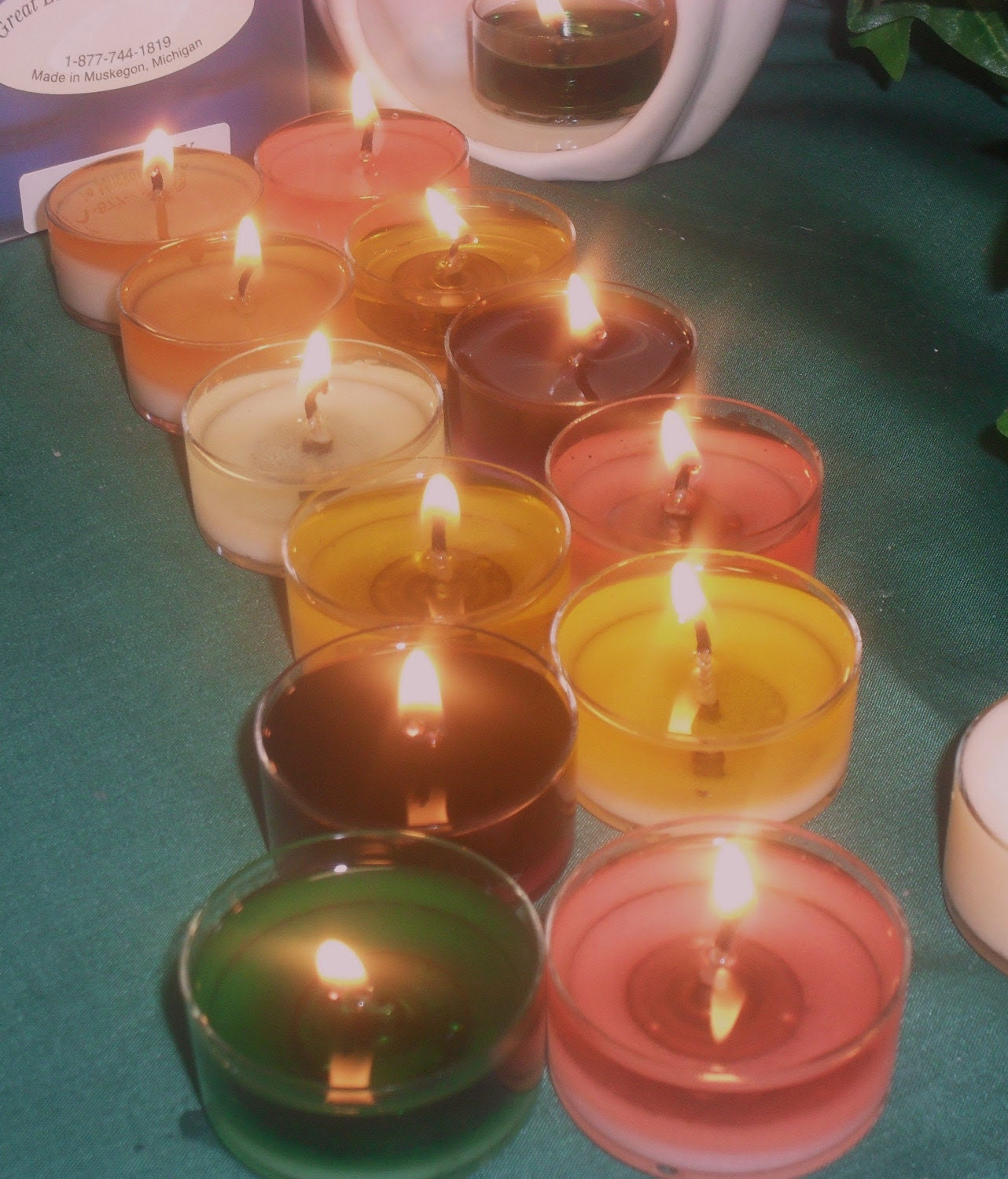 GREAT LAKES SOYBEAN CANDLES---TEA LITES--- ANY SCENT THAT YOU WANT FROM OUR LIST BELOW ONE DOZEN 6-99  BURN 6-8 HOURS