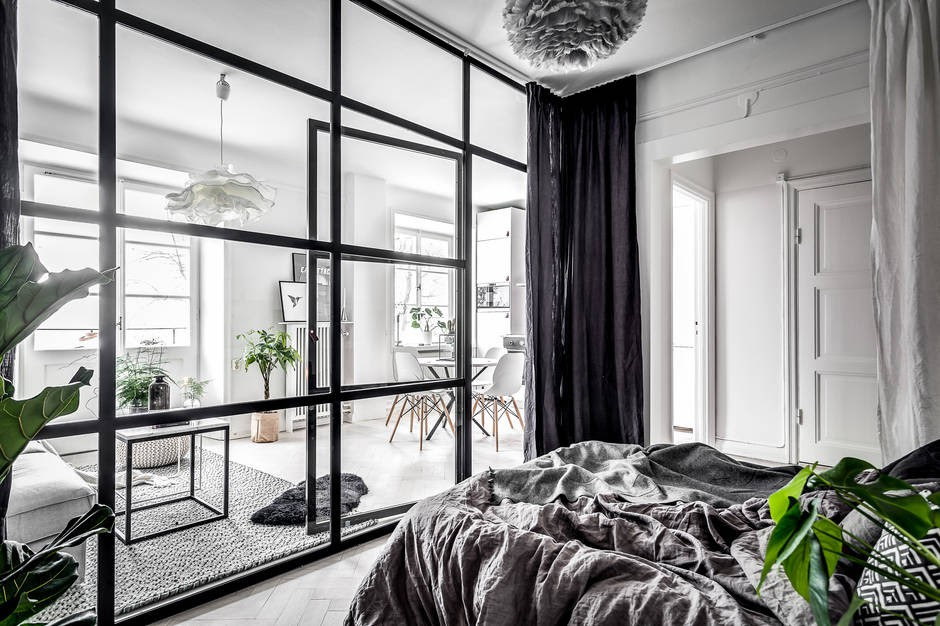 dreamy-small-apartment-with-a-glass-wall5.jpeg