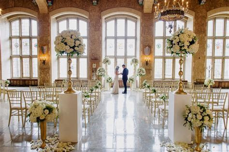 Three Jaw Dropping Indoor Banff Wedding Ceremonies   Banff
