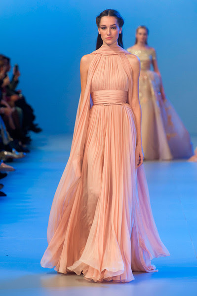 http://www2.pictures.stylebistro.com/it/Elie+Saab+Spring+2014+5CKw-eOhrj1l.jpg