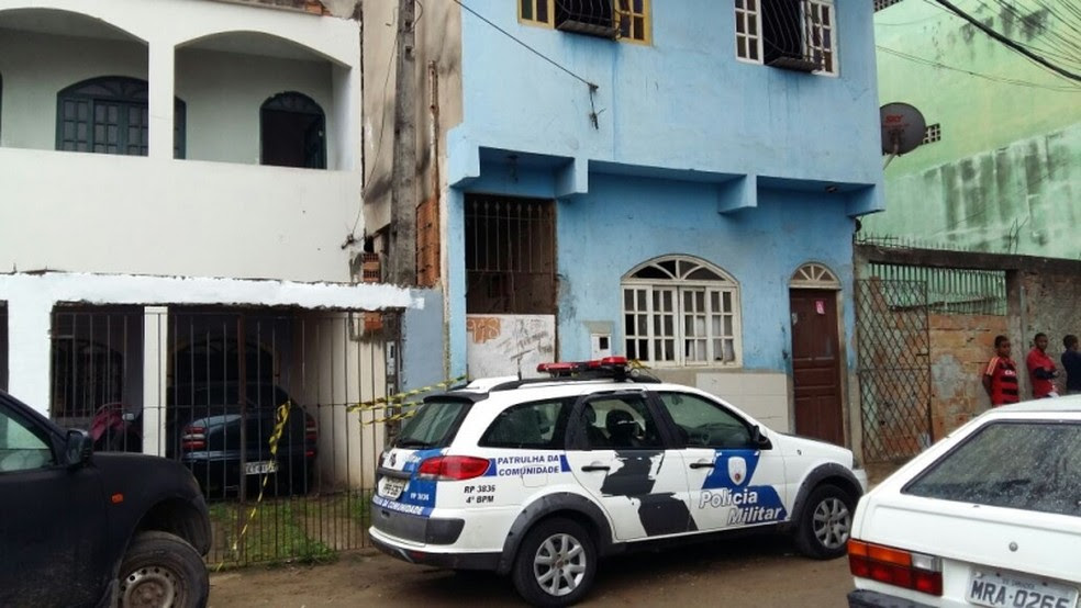 Casa onde o crime aconteceu, no bairro Jaburuna (Foto: Glacieri Carrareto/A Gazeta)