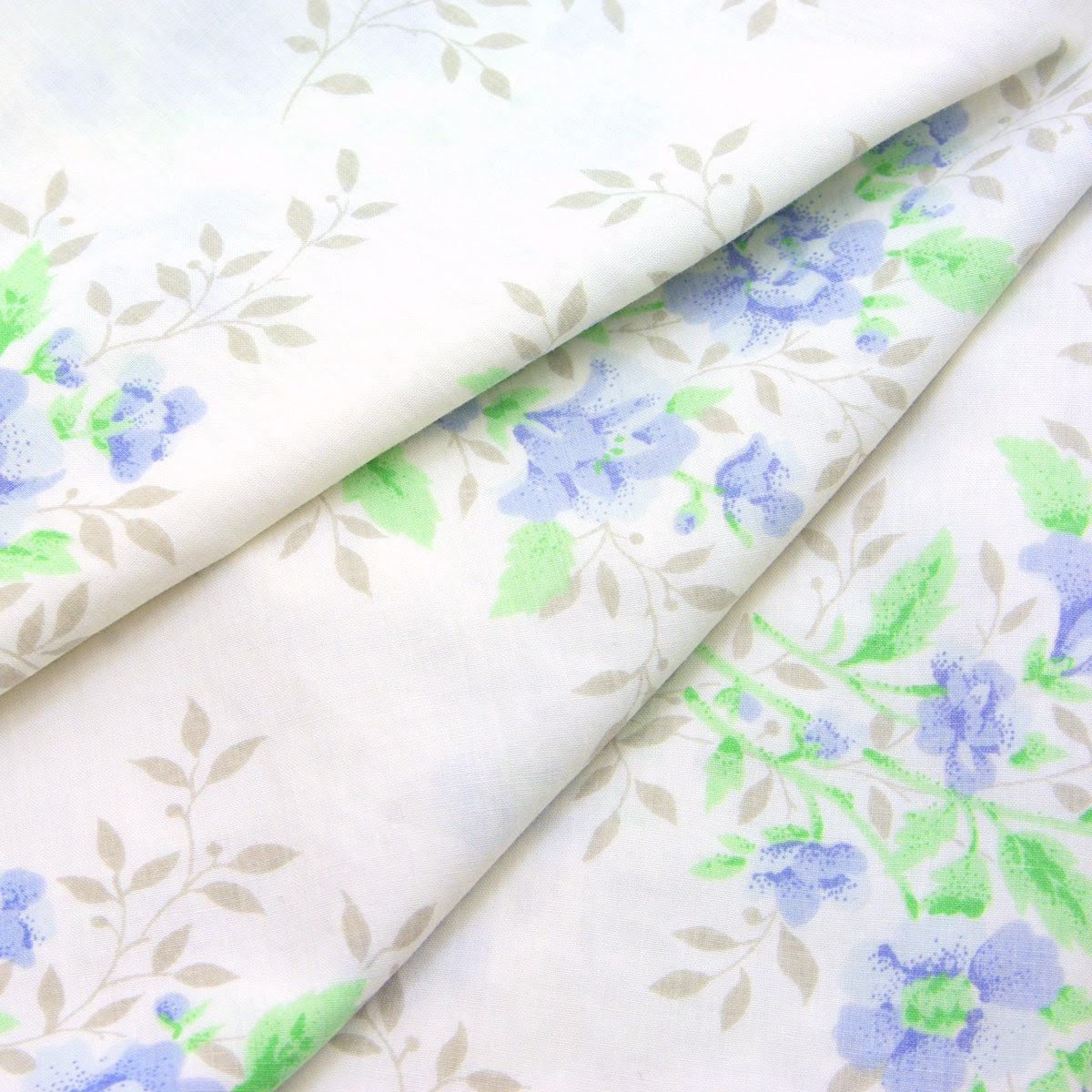 Vintage Sheet Extra Large Fat Quarter - Small Bouquets, Blue, Green, 19x26