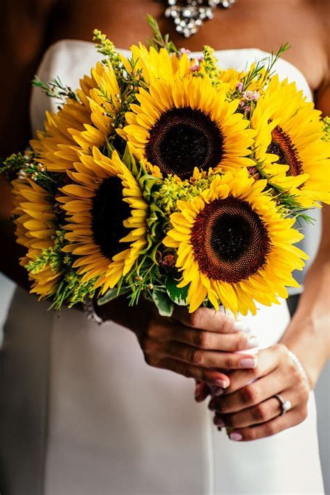 Yellow Sunflower Bridal Bouquet   POPography https://www
